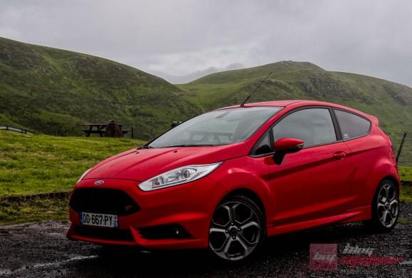 Ford-Fiesta-ST-2014 (7)