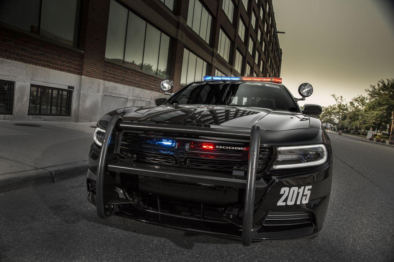 V8 Supercars 2014 Dodge Charger Pursuit ...
