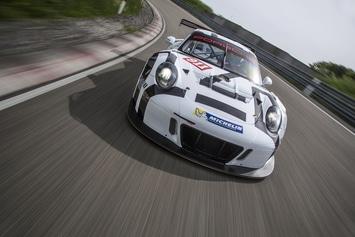Porsche-911-GT3-R-Miniature