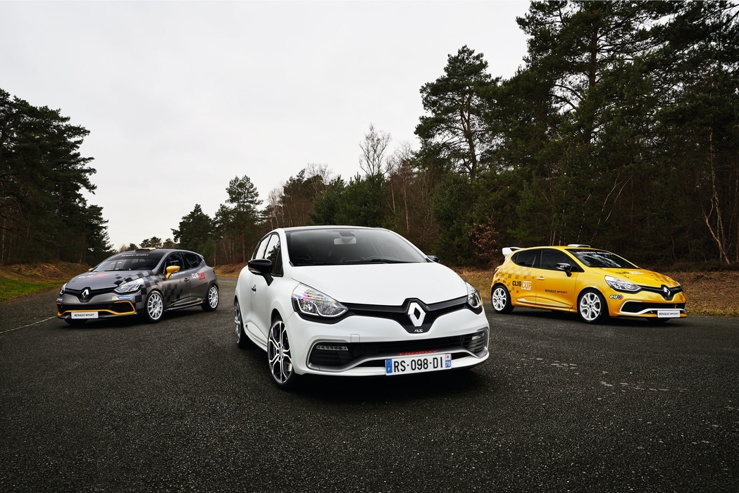 Renault-Clio-RS-Trophy-220-12.jpg