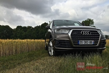 Audi-Q7-2015-Miniature