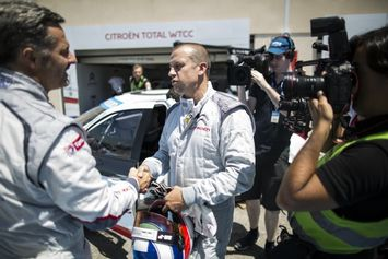 Olivier-Panis-and-Yvan-Muller-800x533_intro
