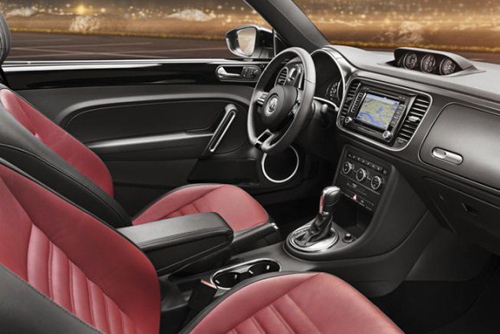 La volkswagen new beetle 2012 en images for Interieur new beetle
