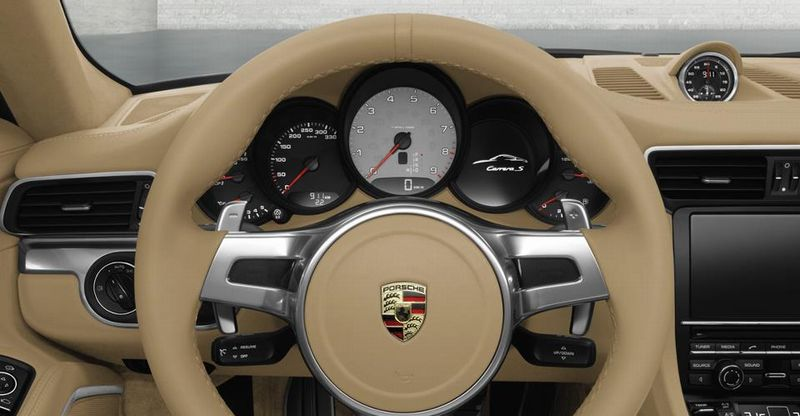 Porsche 911 cabriolet l 39 int rieur en images for Interieur porsche
