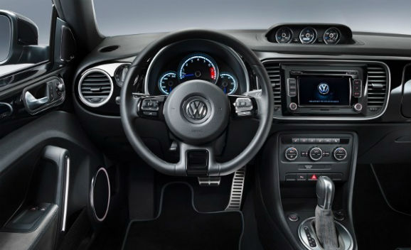 Volkswagen new beetle r nouvelles images for Interieur new beetle
