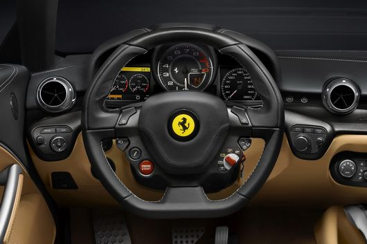 ferrari f12 berlinetta 2012 images d tails et prix. Black Bedroom Furniture Sets. Home Design Ideas