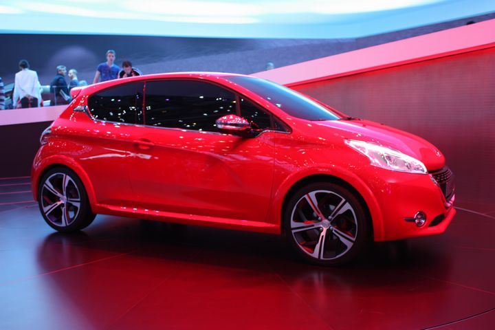 Peugeot 209 2018 >> Peugeot_208_Geneve_GTi_Peugeot_208_GTi_Gen_bis - Blog-Moteur