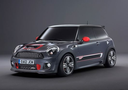 mini john cooper works gp 2000 exemplaires seulement. Black Bedroom Furniture Sets. Home Design Ideas