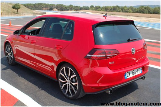 essai volkswagen golf 7 gti et gtd au paul ricard. Black Bedroom Furniture Sets. Home Design Ideas