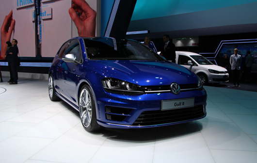 volkswagen exhibe sa golf 7 r francfort. Black Bedroom Furniture Sets. Home Design Ideas
