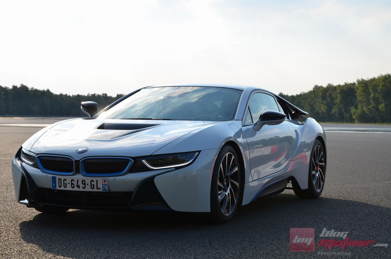 essai bmw i8 on a pris le volant