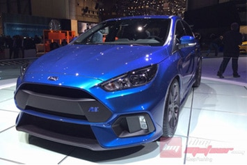 Ford-Focus-RS-2015-intro