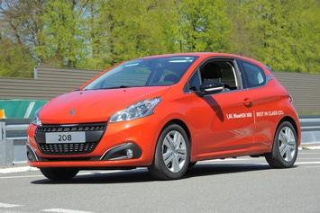Une Peugeot 208 BlueHDI 100 parcourt plus de 2.100 km avec un plein!