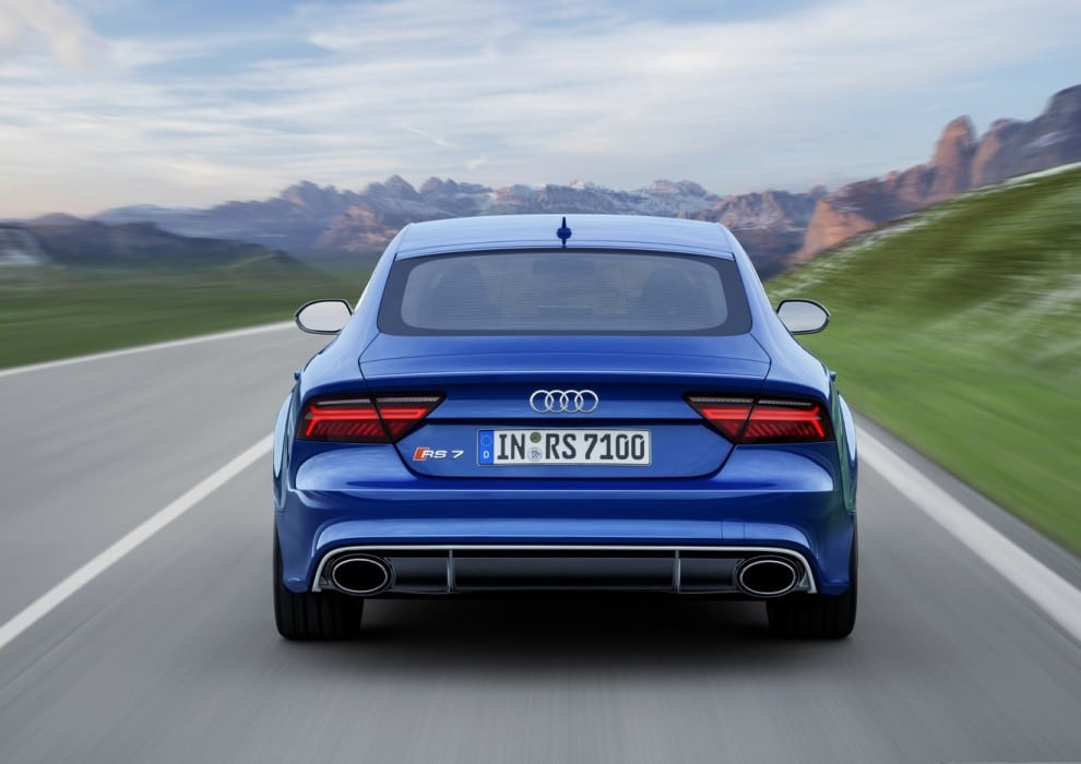 2015-Audi-RS7-Sportback-Performance-4-990x700