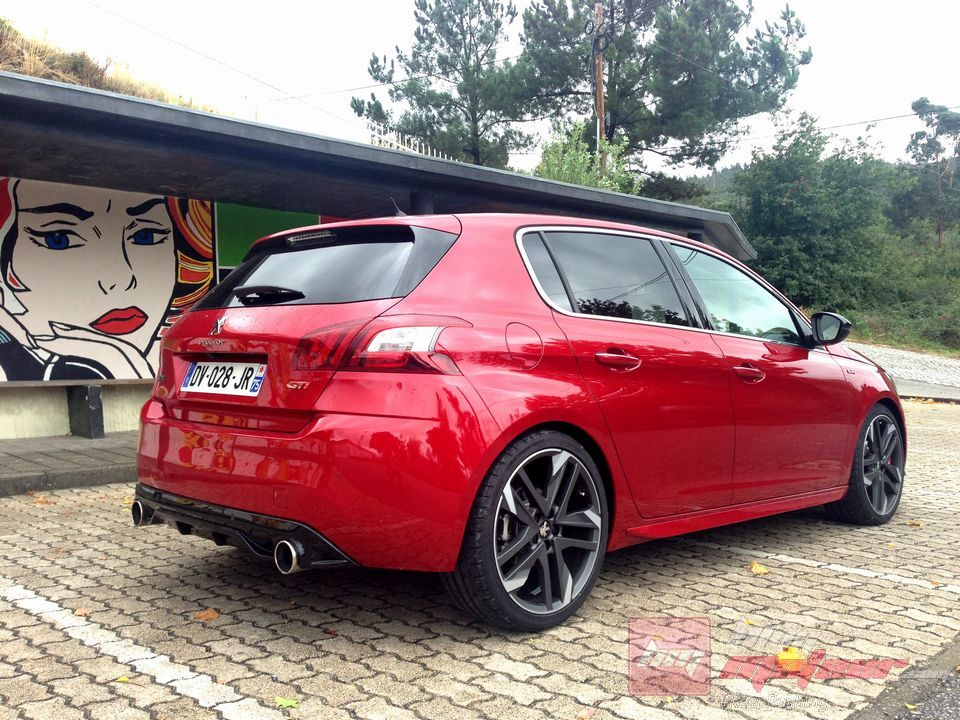 essai peugeot 308 gti quand le lion sort les griffounettes. Black Bedroom Furniture Sets. Home Design Ideas