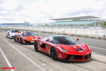 Verdict à Silverstone entre les hypercars : la McLaren P1, LaFerrari ou la 918