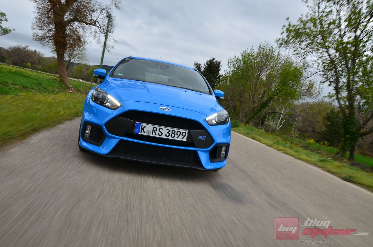 Ford_Focus_RS_2016-25