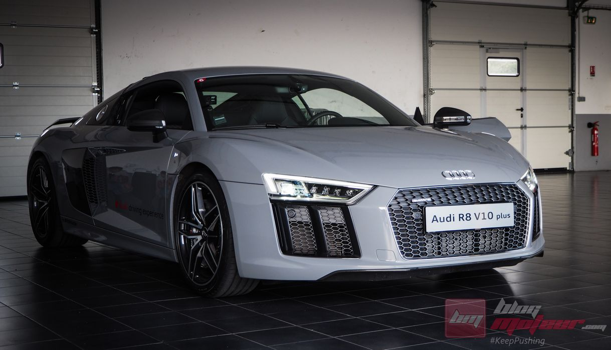 Audi-R8-V10-Plus-Castellet (10)