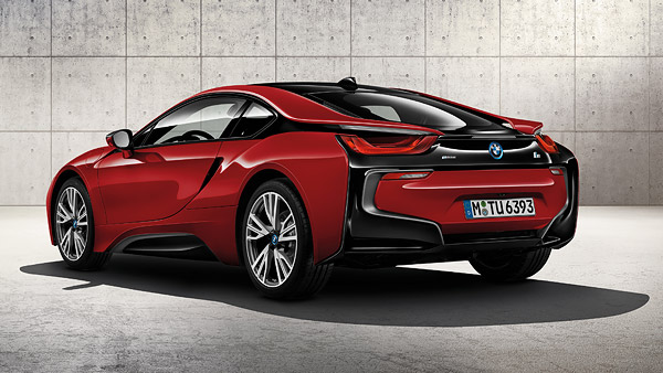 un prix pour la bmw i8 protonic red edition. Black Bedroom Furniture Sets. Home Design Ideas