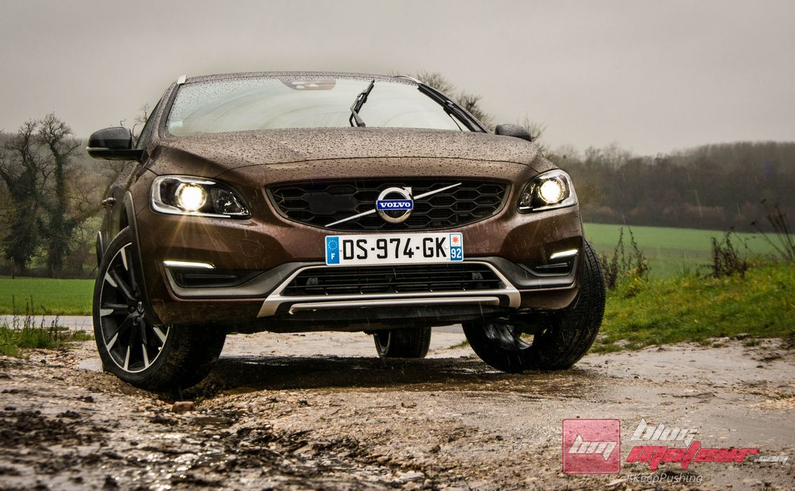 essai volvo v60 cc 4 blog moteur. Black Bedroom Furniture Sets. Home Design Ideas