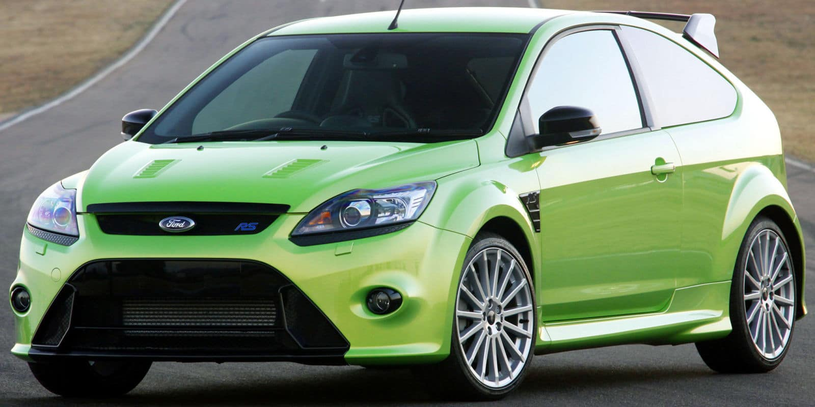 essai ford focus rs la releve. Black Bedroom Furniture Sets. Home Design Ideas