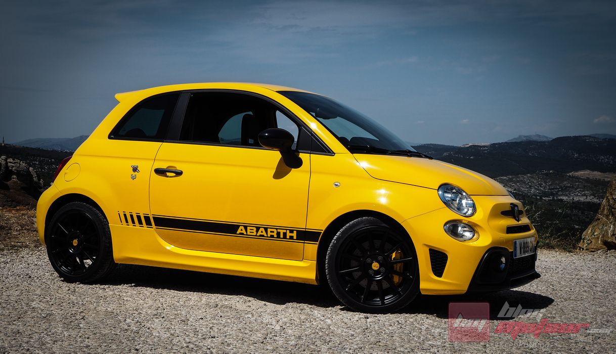 fiat abarth 595 competizione fiat india autos post. Black Bedroom Furniture Sets. Home Design Ideas