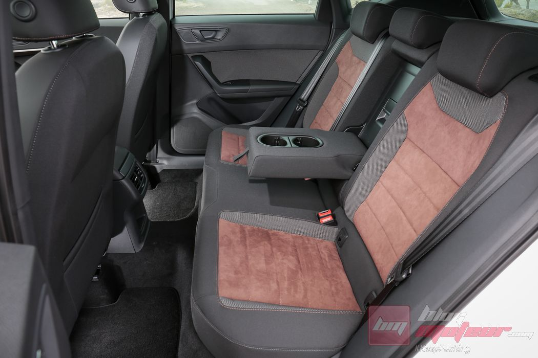 essai comparatif le seat ateca d fie le renault kadjar. Black Bedroom Furniture Sets. Home Design Ideas