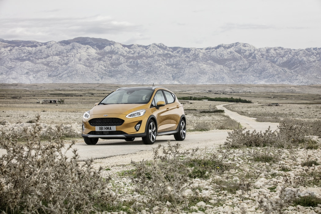 ford-fiesta-2016-active-1