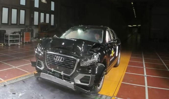 audi-q2_2016_crash-test