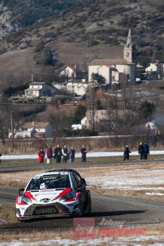 La Toyota Yaris WRC dans le tempo