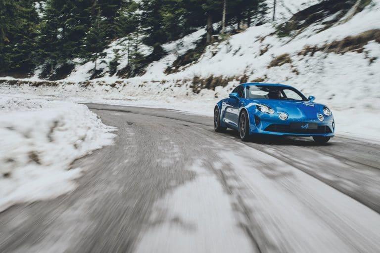renault-alpine-A110-photos-officielles-moteurs-3-768x512