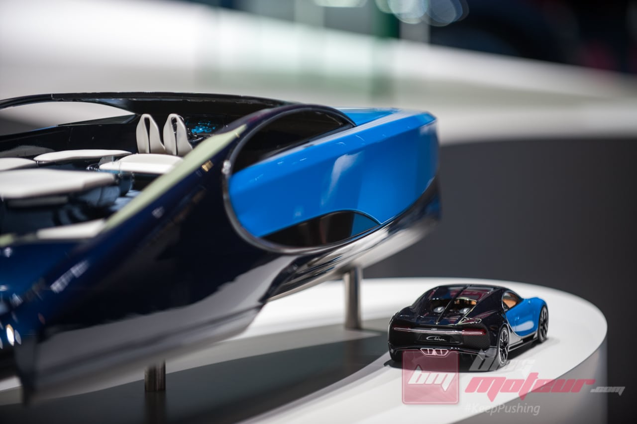Geneve Bugatti Chiron Bateau