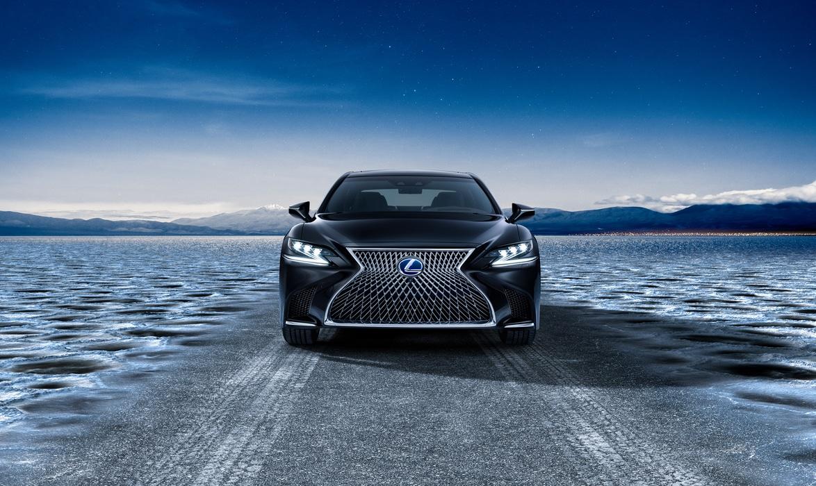Lexus-LS500H-2017-1