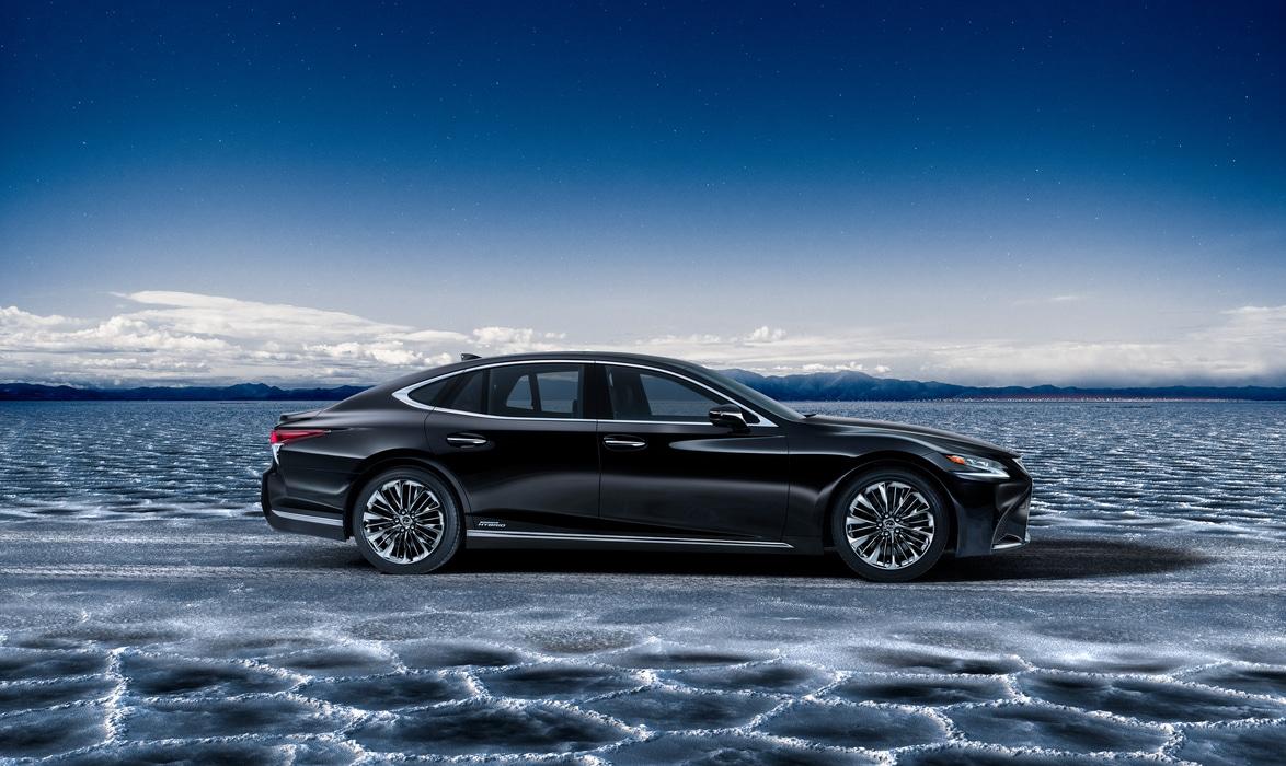 Lexus-LS500H-2017-7