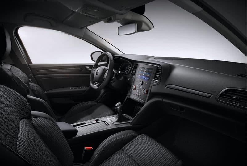 Renault-Megane-Limited-4-800x538
