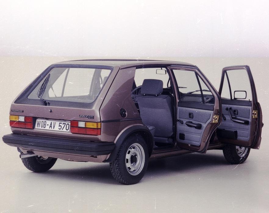 VW-Golf-I-GTI-5-Portes