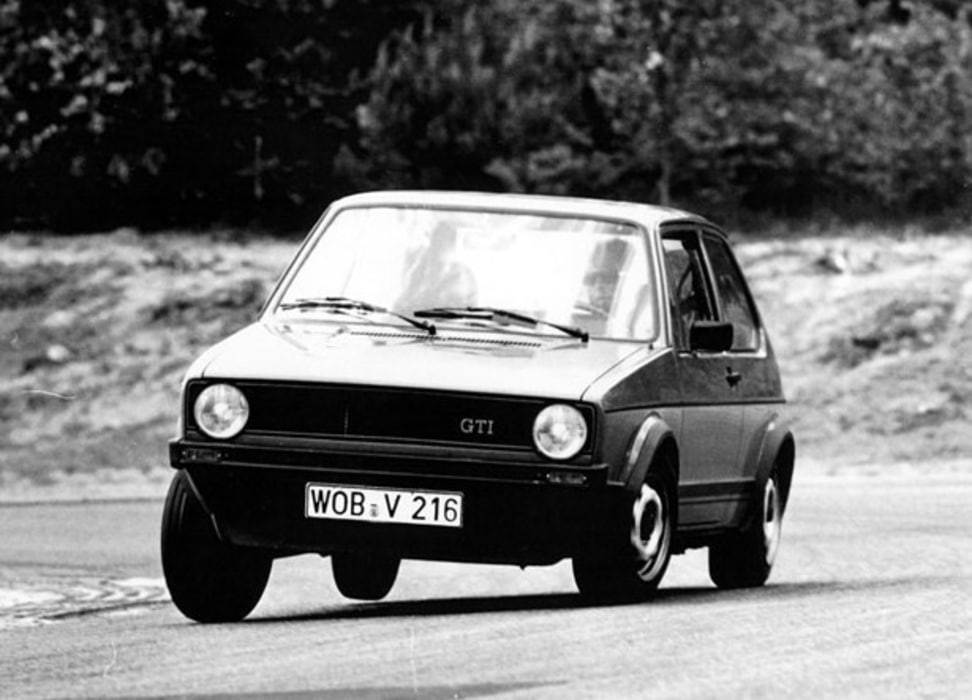 VW-Golf-I-GTI-Appui