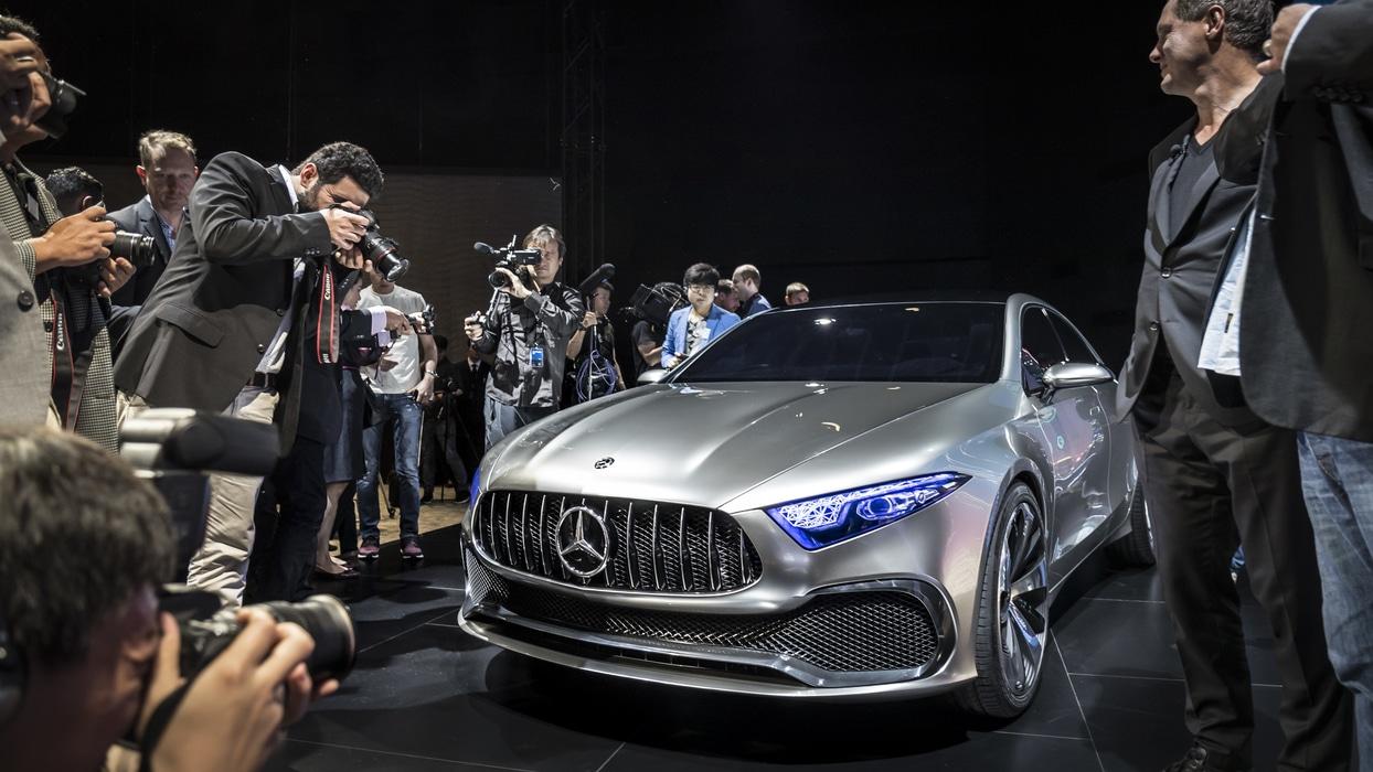 Mercedes Classe A Sedan Concept : L'étoile se réinvente