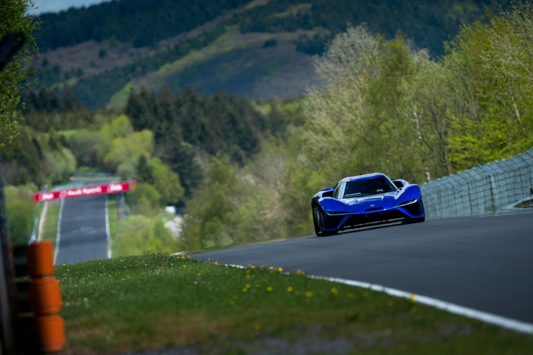 Nio-EP9-Record-Nurburgring-2