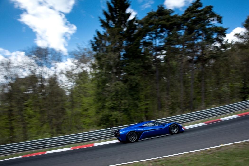 Nio-EP9-Record-Nurburgring-3