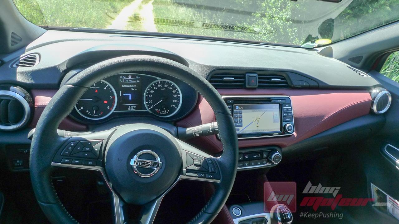 Nissan_Micra_2017_457