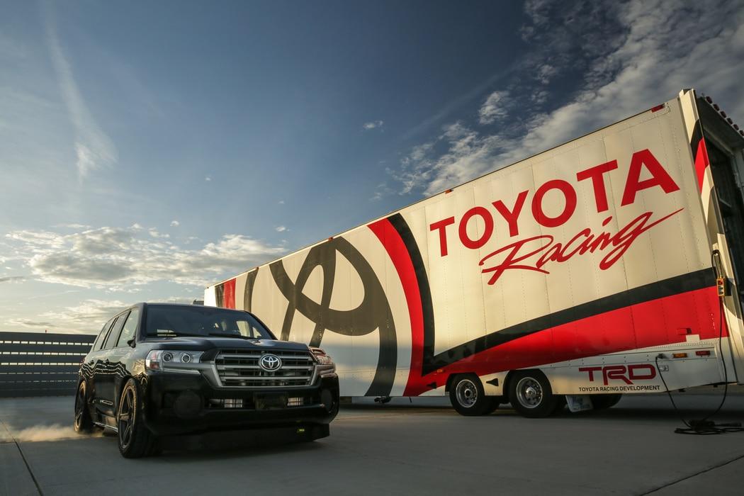 Le Toyota Land Cruiser devient le SUV le plus rapide du Monde !