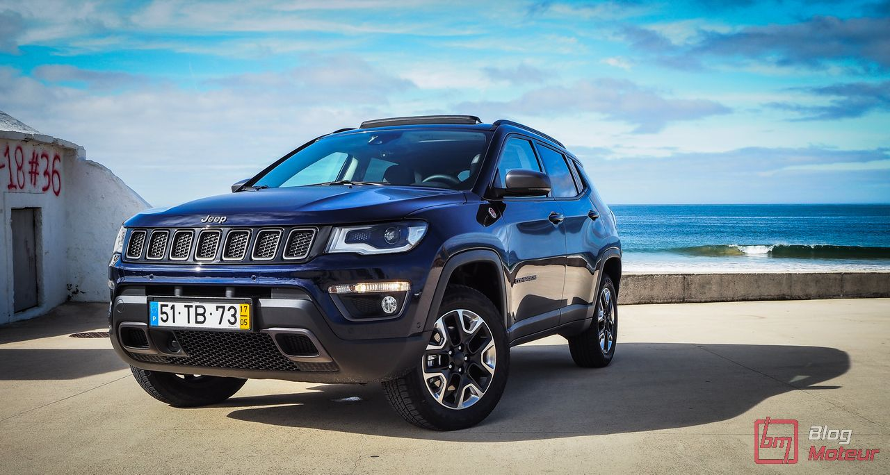 essai jeep compass 2017 changement de cap. Black Bedroom Furniture Sets. Home Design Ideas