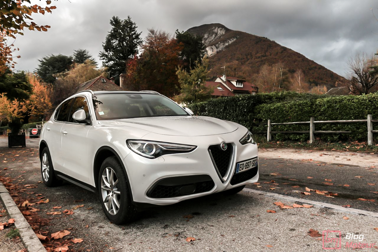 essai alfa romeo stelvio 2 0 tbi 280 q4 at8 un suv italien de caract re. Black Bedroom Furniture Sets. Home Design Ideas