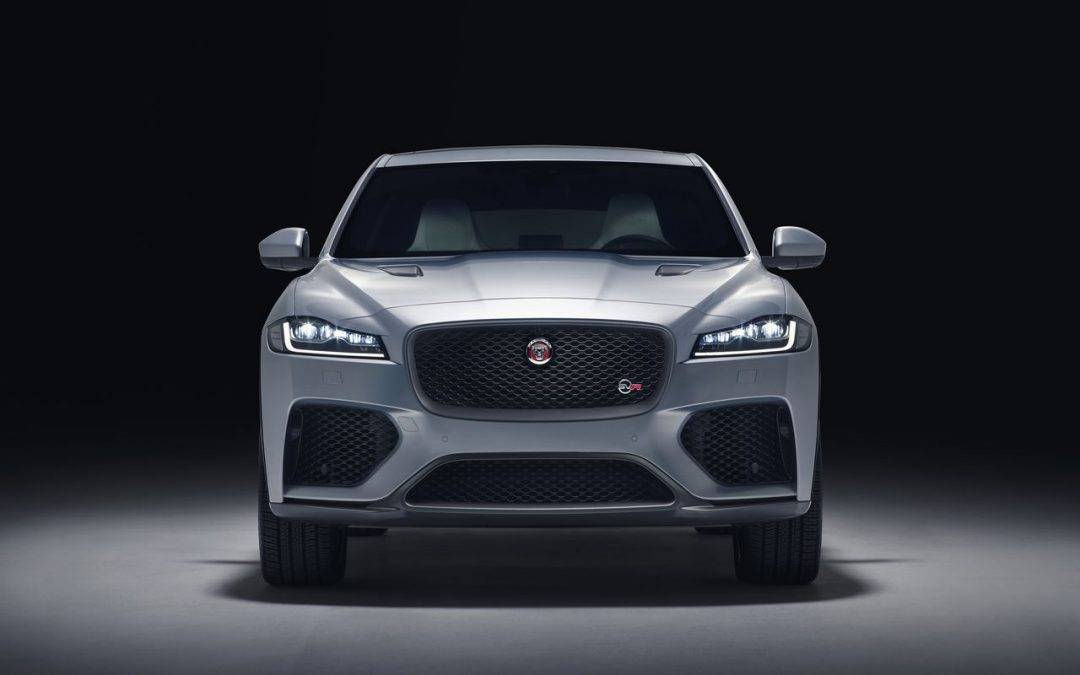 Jaguar F-PACE SVR : (encore plus) félin !