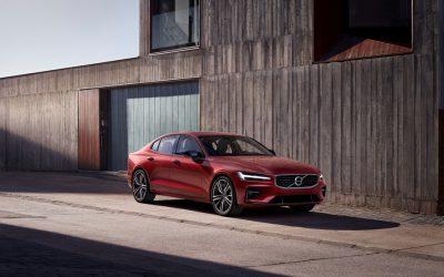 Volvo dévoile sa nouvelle berline S60 : Exit le diesel, place à la séduction !