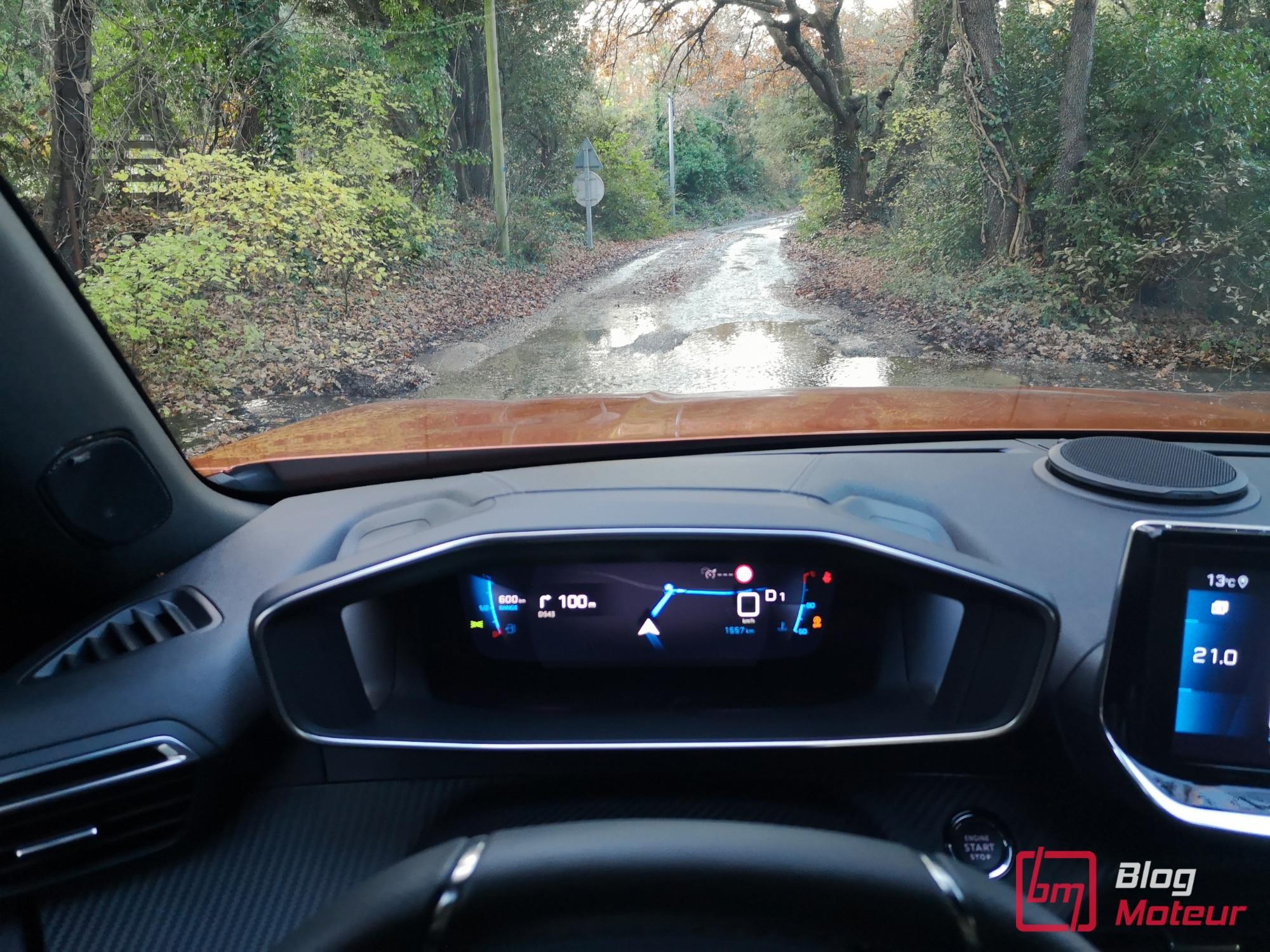 2008 first test drive - i-cockpit 3D vue conduite