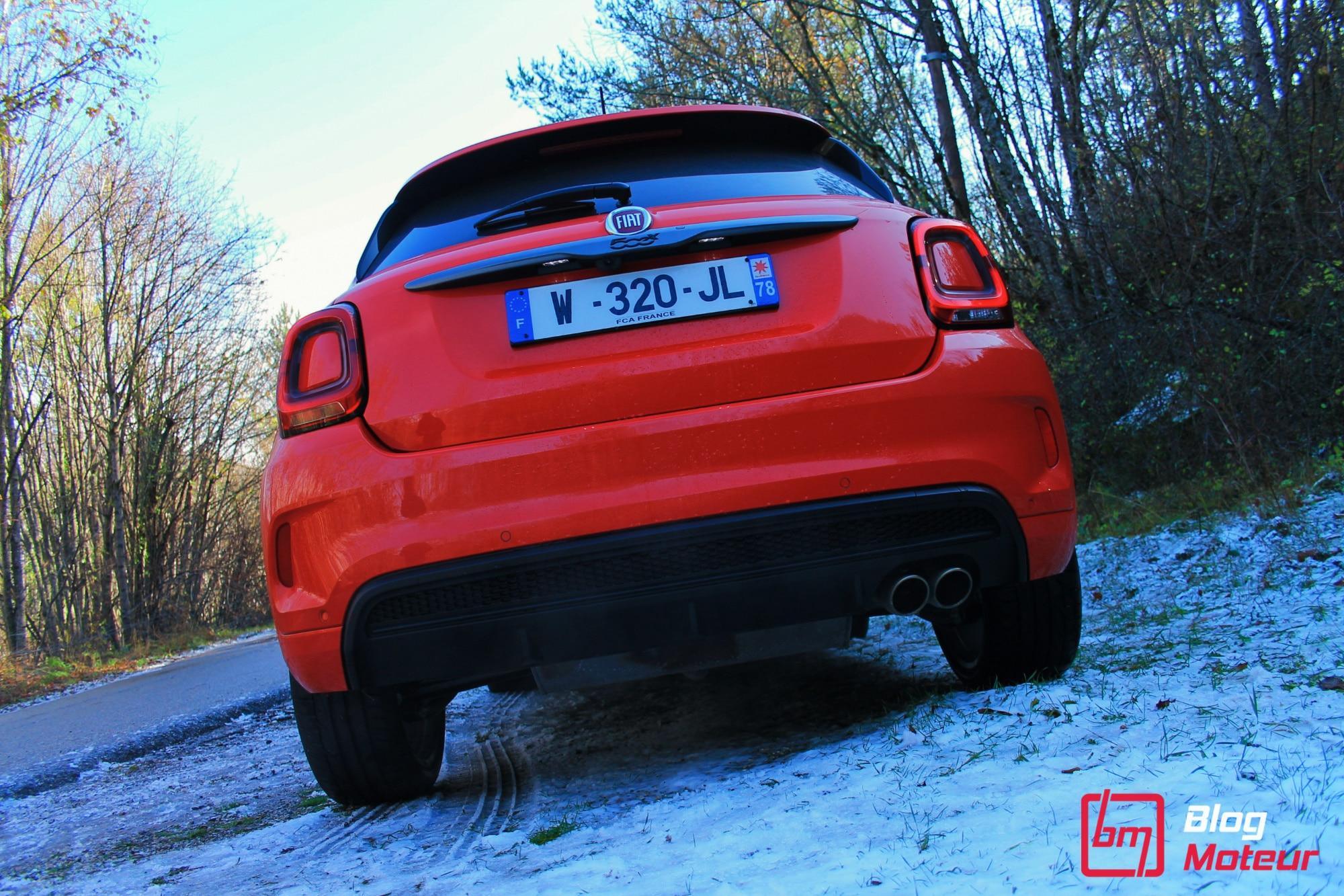 FIAT 500X Sport - vue sortir échappement