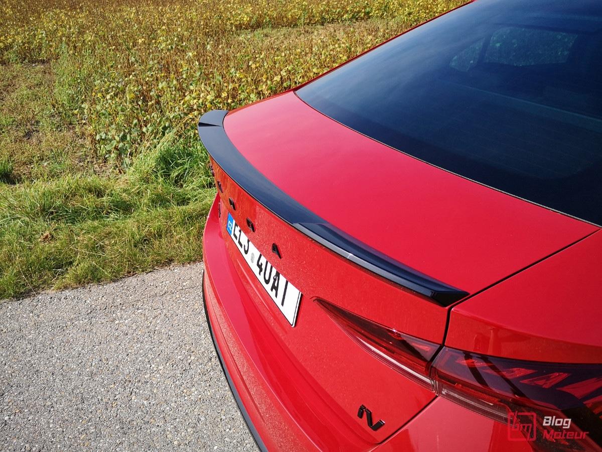 Skoda Octavia RS iV becquet arrière